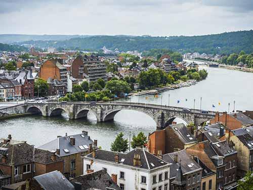 Découvrez notre dossier sur les primes et subsides en région Wallonne et Bruxelloise